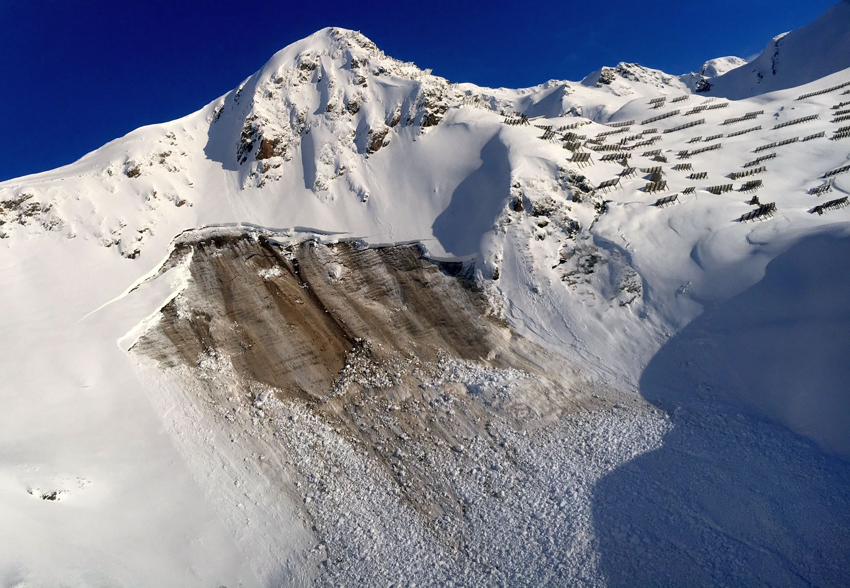 Aussergewöhnlich Viel Schnee Und Sehr Grosse Lawinengefahr   SLF