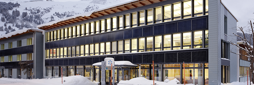 The SLF institute building on Flüelastrasse in the village of Davos. Image: Ralph Feiner